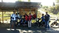 Keramahan penduduk Pulau Adonara