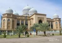 Pemandangan Islamic Center Lhokseumawe