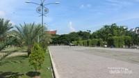 halaman yang luas di miliki Islamic Center Lhokseumawe