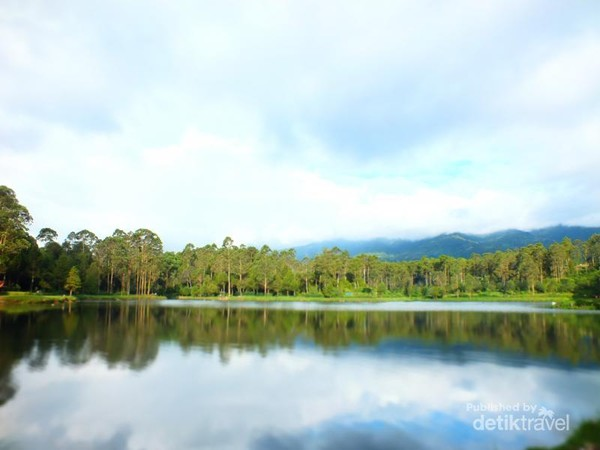 Situ Cisanti yang indah dan asri
