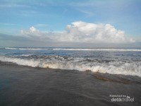 Arus di pantai Ciantir