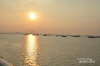 Panorama sunset di kejauhan
