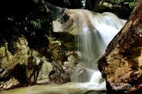 Air Terjun Barong, terdapat di Jalur menuju leuwi pacet dan leuwi liyet