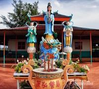 Patung Dewi Guang Shi Pu Sha
