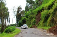 Jalan menuju Kaligua yang ngeri-ngeri sedap