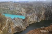 Keajaiban dunia, danau berbeda warna