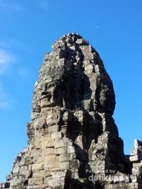 Candi Prasat Bayon di Angkor Wat