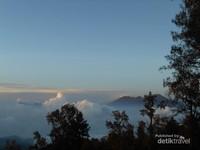 Pemandangan yang akan ditemukan di perjalanan menuju puncak Gunung Butak