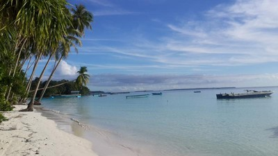 Pantai Ngurbloat: Pantai dengan Pasir Terhalus di Dunia