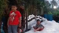 Wahana salju di Water n Snow Gubug