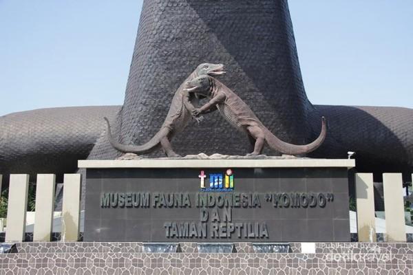 Museum Komodo dan Taman Reptilia di Taman Mini Indonesia Indah