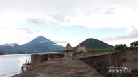 Benteng Kalamata dibangun meyerupai empat penjuru mata angin