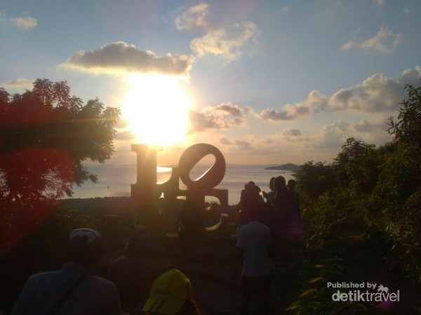 Sunset Bukit Love