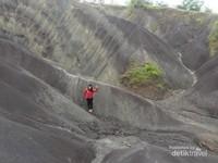 Gumuk pasir di Toraja