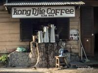 Perjalanan lebih sempurna, dengan ditutup secangkir kopi hitam dengan racikan kopi lokal