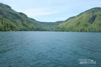 Danau Toba indah ya?