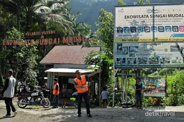 Objek wisata Sungai Mudal di Kulonprogo
