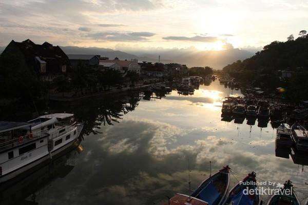 Jembatan Siti Nurbaya yang penuh pesona