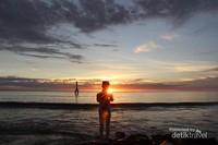 Senja di Pantai Padang sangat menawan