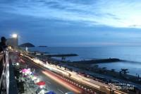 Pantai Padang menjadi destinasi yang selalu ramai dikunjungi oleh para wisatawan