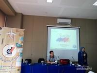 Presentasi tentang Ancol oleh Ibu Rika dari Perwakilan Manajemen Ancol