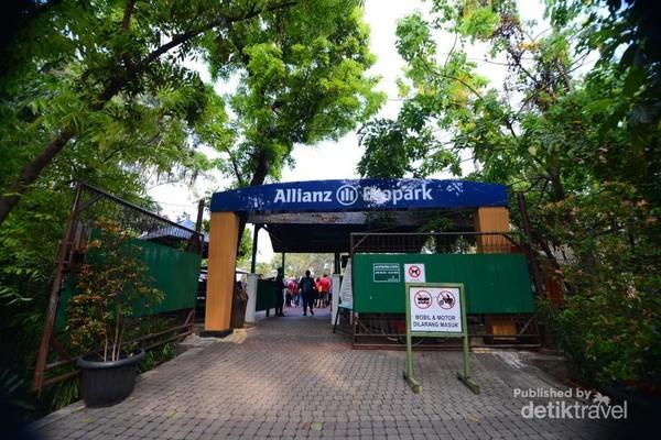 Tidak dipungut biaya untuk masuk ke Allianz Ecopark ini
