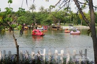 Ecopark Ancol akan memanjakan penglihatan Anda dengan pemandangan yang hijau dan asri