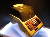 Peralatan bank jaman dahulu