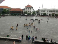 Taman Fatahillah di Kota Tua Jakarta