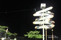 Masih di sekitar Pantai Padang
