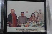 Pak Susilo Bambang Yudoyono pernah juga mencicipi Sate Mak Syukur