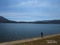 Danau Tuyen Lam, tujuan pertama kami