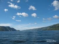 Alam Danau Toba yang sangat cantik