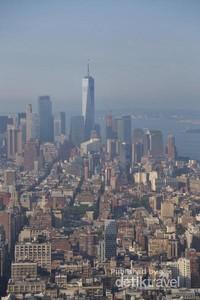 Tampak gedung-gedung pencakar langit menghiasi Kota New York