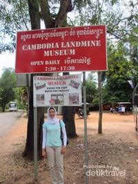 Museum ini dibuka dari jam setengah 8 pagi hingga setengah 6 sore