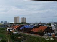 Pelabuhan Sunda Kelapa tampak dari atas Menara Syahbandar