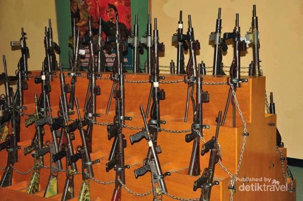 Koleksi senapan saat perang kemerdekaan