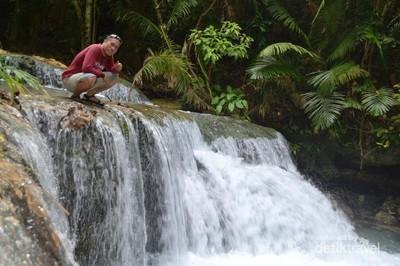 Air Terjun Perawan Sulawesi Tenggara, Ulunese