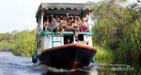 Perjalanan naik perahu klotok