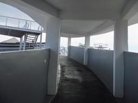 Telah disediakan jalur khusus untuk melihat kapal dari atas