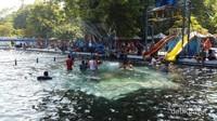 Kolam -kolam yang sudah dilengkapi dengan fasilitas tambahan lainnya