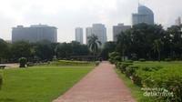 Rizal park merupakan salah satu taman kota terbesar di Asia