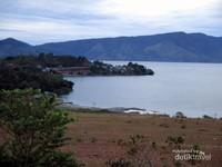 Danau Toba dari Bukit Beta