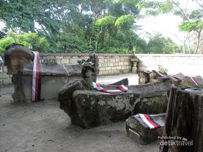 Pulau Samosir, Pulau yang Penuh Cerita