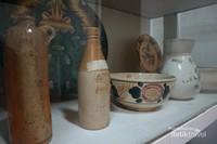 Berbagai bentuk dan fungsi keramik yang berasal dari Eropa