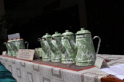 Tradisi Minum Teh yang Jadi Lambang Kebersamaan Orang Tionghoa