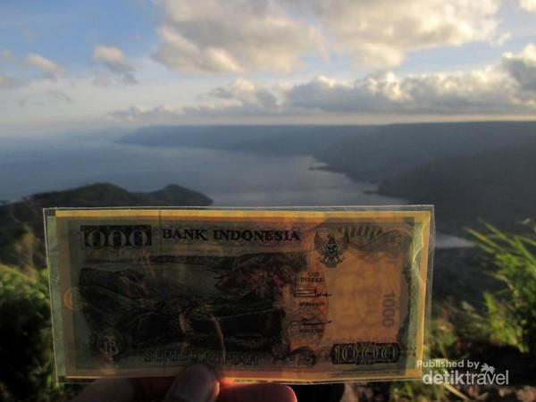 Danau Toba dan uang Rp 1000