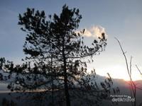 Sunset di Gunung Sipiso-Piso