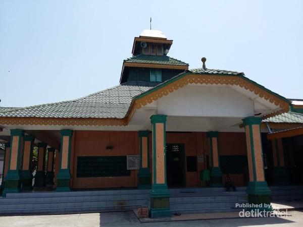 Masjid Raya Sulaimaniyah Pantai Cermin