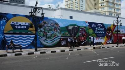 Sudut-sudut Kota Bandung yang Penuh Seni